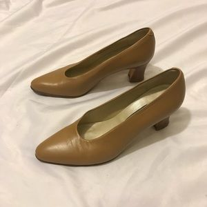 Bally pumps Sz 6.5M